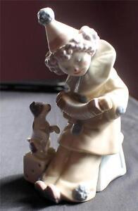 "Vintage LLADRO Figurine # 5279 ""Pierrot Concertina"" Clown With Puppy Dog"