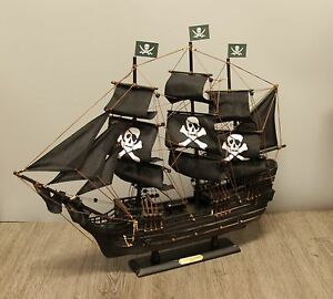 "24"" Wicked Wench Pirates of The Caribbean Jack Sparrow Wood Vintage Model Ship"