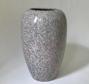 Tall 90s speckled vase