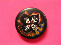 KISS NEW OFFICIAL BUTTON BADGE PIN UK IMPORT