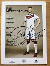 Per Mertesacker 2. AK DFB 2014 Autogrammkarte hinten original signiert