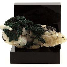 Malachite sur Quartz. 138.1 ct. Bouque Payrol (Camarès mine), France. Ultra rare