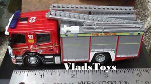 Oxford 1/76 Scale Scania Pump Ladder - Cleveland Fire & Rescue 76SFE001