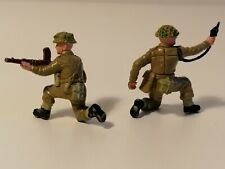Britains Deetail 1/32 UK soldiers x2