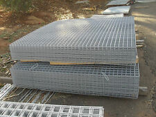 galvanized sheet metal fencing mesh 3000x1800 50x50x3.2