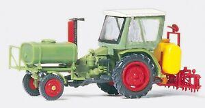 Preiser 17933 Geräteträger mit Verdeck und Spritzgerät, 1:87 H0 Bausatz Neu