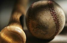 Stampa incorniciata-Mazza da Baseball e Palla posa a terra (Sports Foto Art)