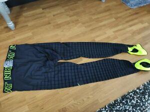 Neu Herren Nike Pro Dri - Fit Therma Hyper Warm Training Leggings Gr. S, schwarz