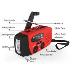 3-in-1 RadioSolaire + Lampe de Poche + Radio AM/FM with Port USB manivelle