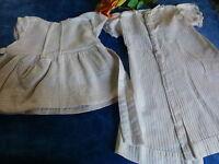 lot 2robes poupées ,poupons   piqué des ans 50 artisanales ,bella ,colinde 40cm