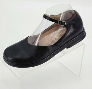 FOOTPRINTS BY BIRKENSTOCK  Women's Mary Jane Shoes Black Leather Size 7/ 38 EUC