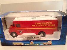 1/87 Scale MT-55 Freightliner Van FEUERWEHR WASSERRETTUNG #511