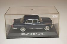 A2 1:43 ALTAYA IXO SEAT 1500 1971 BLUE MIB