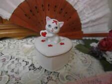 Vintage Lefton Valentine Covered Trinket Box w/Kitten & Hearts on Top