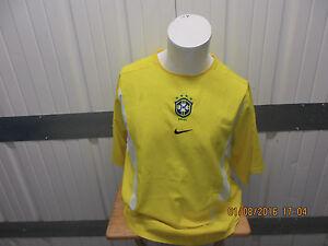 VINTAGE NIKE BRAZIL NATIONAL SOCCER/FOOTBALL TEAM LARGE SEWN YELLOW JERSEY 2004
