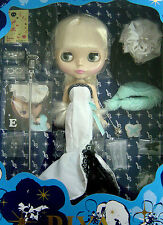 "* WOW! RARE DARLING DIVA CWC FIFTH ANNIVERSARY 12"" BLYTHE * NIB * US SELLER *"