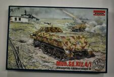 Lot 11-422 * RODEN 1:72 Scale kit 722 Mun.Sd.Kfz.4/1 Gleissketten Lastkraftwagen