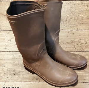 Womens Pull On Brown Rubber Rain/Work/Farm Boots Deep Rubber Tread Size 9 EUC