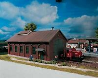 PIKO HO SCALE 1/87 BURGSTEIN LOCO SHED BUILDING KIT | BN | 61823