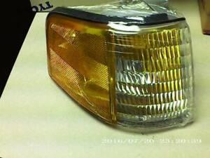 88-94 Tempo/Topaz Side Marker Parking Turn Signal Light Right Side RH (TYC)