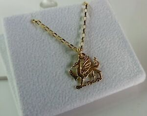 9ct Gold Solid Welsh Dragon 18 inch Pendant. 2.6g. Gift Case Included.