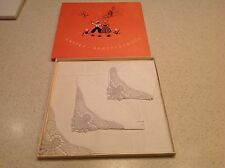 Vintage BNIB New Old Stock Linen and Lace Gorgeous Hankies Handkerchiefs CLEAN