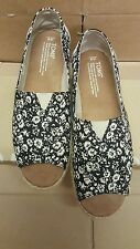 TOMS Women Alpargata Open Toe Black Textile Floral Linen Rope Sole Loafers