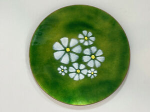 "Vintage MCM Enamel over Copper Green Floral Flowers Daisies plate 9-3/4"""