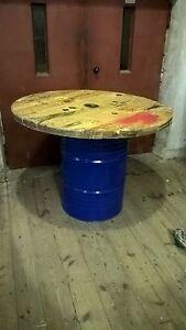 Partytisch Stehtisch, 200l Fass, Metallfass Oelfass mit Holzplatte 120cm breit
