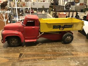 Vintage Buddy L International Farm Supplies Truck Original