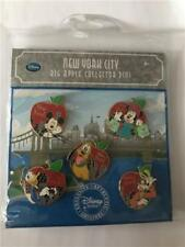 2010 DS EXCLUSIVE TIMES SQUARE NYC BIG APPLE BOOSTER 5 PIN SET DISNEY 81025