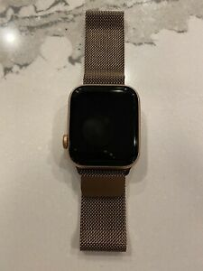Apple Watch Series 5 GPS Cellular 44mm Gold Stainless Steel With Milanese Band
