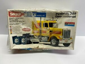 Monogram 1:32 Scale Peterbilt 359 Conventional Sealed Boxed Model Kit No Reserve