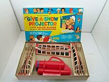 VINTAGE 1960 KENNER GIVE A SHOW PROJECTOR TOY WITH COLOR SLIDES MAVERICK POPEYE
