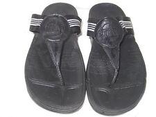 FITFLOP WOMENS SZ 8 BLACK FLIP FLOPS  SLIP ON Thong SANDALS