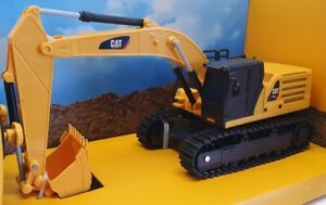 Diecast Masters 1/35 Scale Remote Control 23001 - CAT 336 Hydraulic Excavator