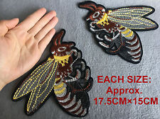 LOT 2pcs/set Bumble Bee Embroidered Sew on patch Fashion Applique Decoration DIY