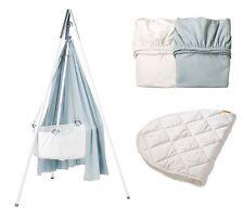 Leander-Babywiege weiß + Stativ weiß + Himmel blau +Betttücher blau/weiß+Auflage