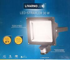 30 W LED Strahler mit Bewegungsmelder schwarz 5.000 Kelvin kaltweiß 2.200 Lumen