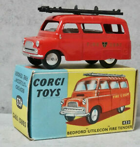 Corgi 423 Bedford Utilecon Fire Tender Flat Hubs Very Near Mint Boxed