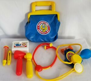 Vintage Sesame Street Big Bird Toy Medical First Aid Kit Doctors Bag Kit Illco