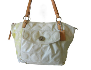 COACH Gallery Patent Leather Tote Handbag Purse Side Cell Pocket Hangtag