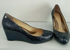 Calvin Klein Womens Blue Heels Wedge Shoes 7 M Animal Print embossed slip on