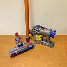 DYSON V8 ABSOLUTE CORDLESS VACUUM CLEANER ( In Clean Condition )