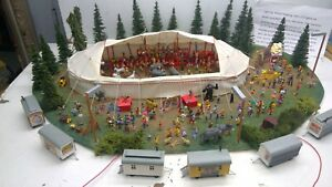 HO Scale PROFESSIONAL BUILT 3 RING CIRCUS TENT Diorama-ONE OF A KIND!!  (C49)