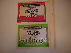 DARYL JOHN HALL OATES BACKSTAGE PASS LOT OF 2 PHILLY 1979 NYE
