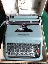 Vtg 1960s Olivetti Underwood Studio 44 Portable Typewriter w/Case & Instructions