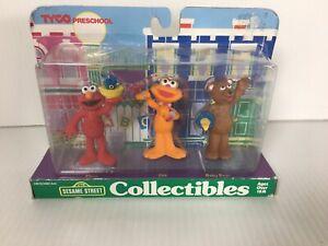 Sesame Street Collectible Figures ELMO ZOE BABY BEAR 1997 Tyco Preschool WEAR