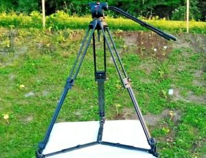 MANFROTTO 515MVB ALUMINUM 3 SECTION TRIPOD 516 FLUID VIDEO HEAD QUICK RELEASE