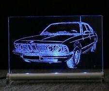 Bmw 7er e23 como auto grabado en LED escudo 725 730 735